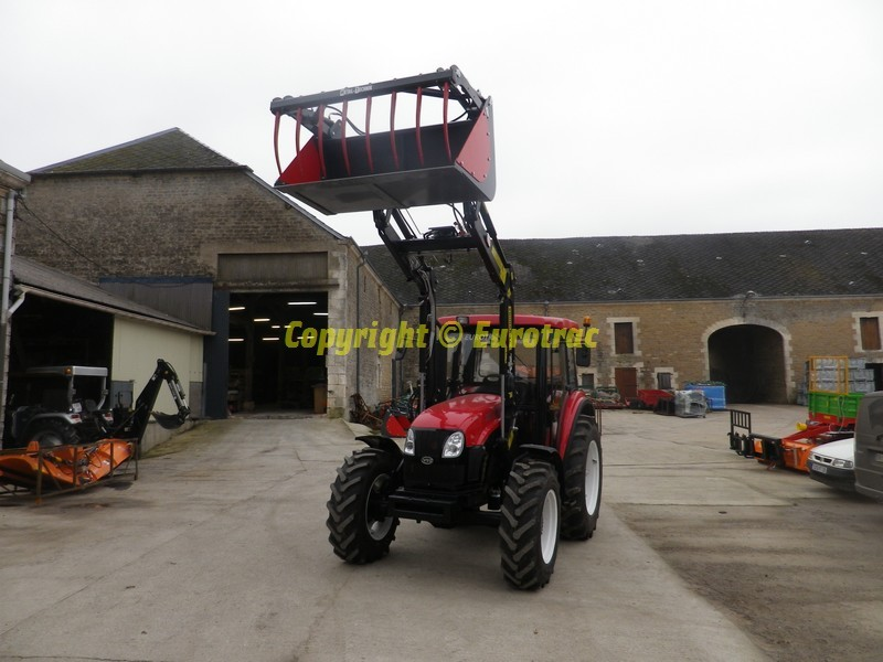 Tracteur YTO X904 Chargeur