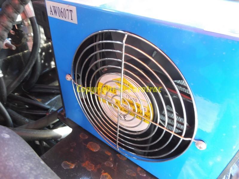 mini-pelle-sur-roues-RDT-120 A